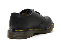 KIDS INFANTS LACE SHOE(15371001)BLACK SOFTY Tの右斜め後ろ向き写真