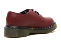 KIDS JUNIOURS LACE SHOE(15378601)CHERRY REDの右斜め後ろ向き写真