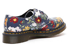 CORE PRINT 1461 DF 3EYE SHOE(23873417)DM'S NAVY DARCY FLORAL BACKHAND STRAW GRAINの右斜め後ろ向き写真