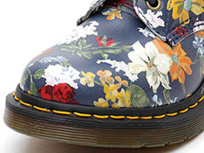 CORE PRINT PASCAL DF 8EYE BOOT(23876417)DM'S NAVY DARCY FLORAL BACKHAND STRAW GRAINのトゥ部分写真