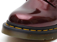 VEGAN 1460 CHROME 8EYE BOOT(23922601)OXBLOOD CHROME PAINT METALLICのトゥ部分写真
