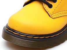 CORE KIDS 1460 T INFANTS LACE BOOT(24831700)YELLOW ROMARIO(SMOOTHER FINISH)のトゥ部分写真