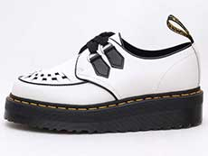 CHUNKY WEDGE PLUS SIDNEY 2EYE SHOE(24994101)WHITE+BLACK POLISHED SMOOTHの左横向きイメージ