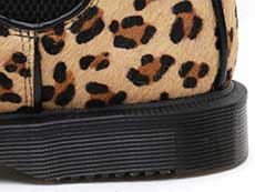 KENSINGTON FLORA HAIR ON CHELSEA BOOT(25021927)MEDIUM LEOPARD HAIR ONのヒール部分イメージ
