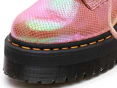 QUAD RETRO MOLLY 6EYE BOOT(25241650)PINK IRIDESCENT TEXTUREのトゥ部分写真