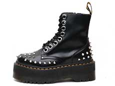 QUAD RETRO MAX JADON MAX STUD 8EYE BOOT(25458001)BLACK BUTTEROの左横向きイメージ