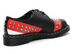 CORE APPLIQUE 1461 STUD 3EYE SHOE(25662001)BLACK+RED+WHITEの右斜め後ろ向き写真