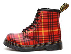 CORE KIDS 1460 TARTAN T INFANTS LACE BOOT(25833602)RED+MULTI TARTAN BACKHAND STRAW GRAINの左横向き写真