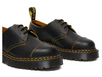 CORE BEX 1461 BEX DS 3EYE SHOE(25951032)BLACK/YELLOW SMOOTH SLICEの右斜め前写真
