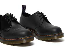 COLLABORATION 1461 BLACK SABBATH 3EYE SHOE(26316001)PARANOIDの右斜め前からの写真