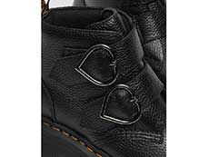 QUAD RETRO DEVON HEART 2STRAP BOOT(26439001)BLACK MILLED NAPPAのバックル部分写真