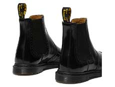 KENSINGTON GRAEME BROGUE CHELSEA BOOT(26586001)BLACK POLISHED SMOOTHの右斜め後ろ向き写真