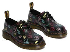 SANRIO 1461 HELLO KITTY AND FRIENDS 3EYE SHOE(26841001)BLACK+MULTI HK&F SMOOTHの右斜め前からの写真