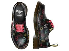 SANRIO 1461 HELLO KITTY AND FRIENDS 3EYE SHOE(26841001)BLACK+MULTI HK&F SMOOTHの上からの写真