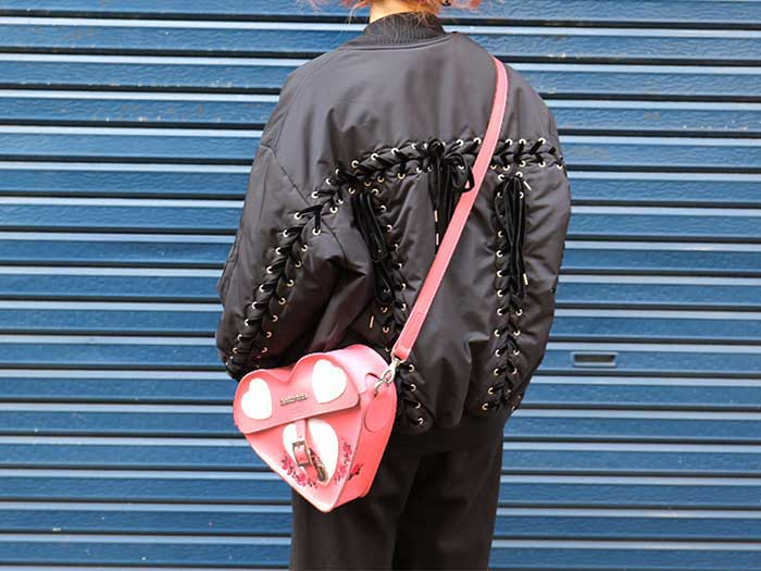 HEART SATCHEL(AB002650) GERANIUM PINK+WHITE SMOOTH&SEQUIN PATCHのメインイメージ