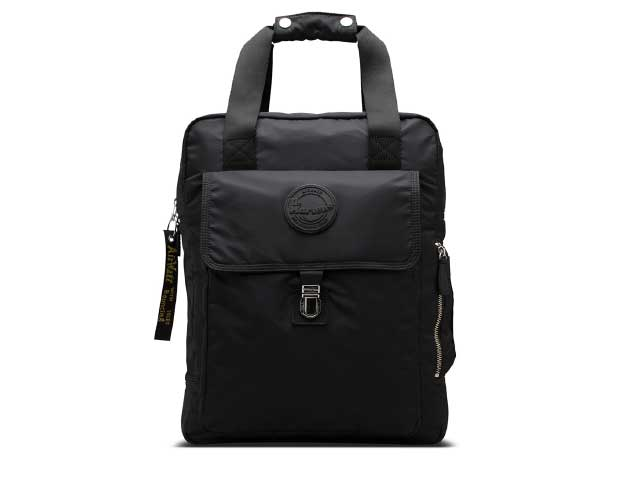 LARGE NYLON BACKPACK(AB060001) BLACK NYLONのメイン商品写真